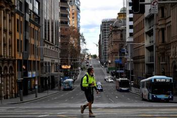 Australia registra su primer fallecimiento en Sídney por brote de Covid-19