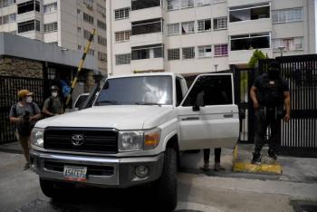 """Venezuela: Juan Guaidó denuncia """"intento de secuestro"""""""
