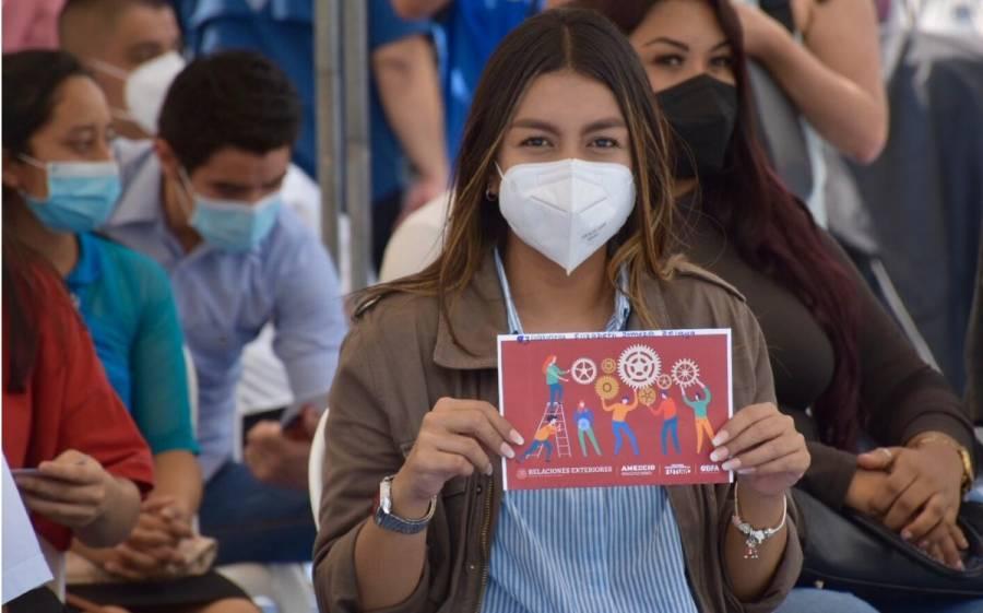 Egresados de Jóvenes Construyendo el Futuro accederán a créditos de hasta 350 mil pesos