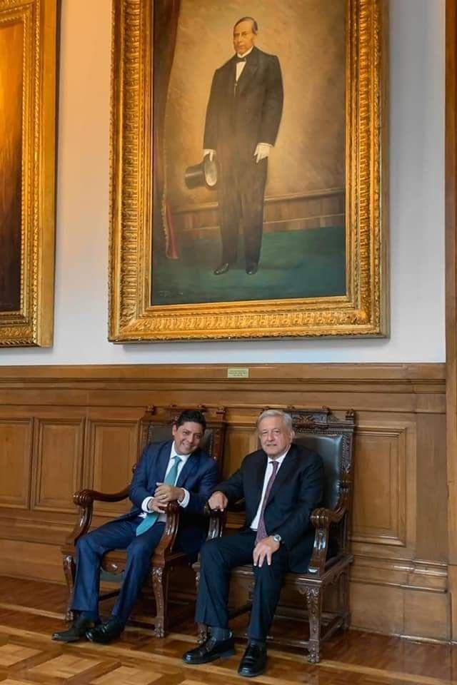 Andrés Manuel López Obrador y Ricardo Gallardo Cardona acuerdan colaboración mutua