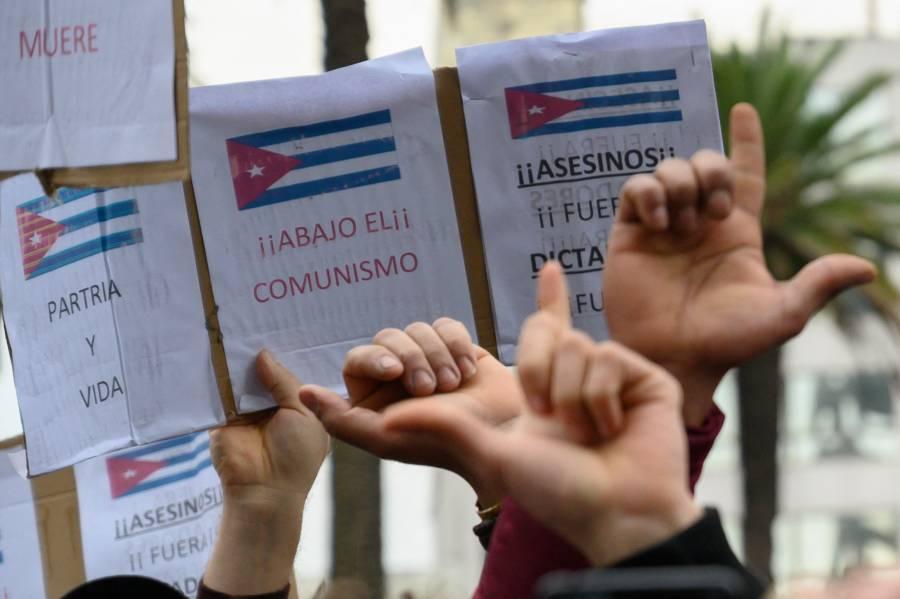 Fallece un cubano durante protestas en La Habana
