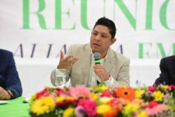 Convoca Gallardo al sector empresarial a ser parte de las decisiones gubernamentales