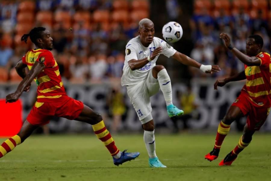 Honduras golea a Granada en debut de ambos en la Copa Oro 2021