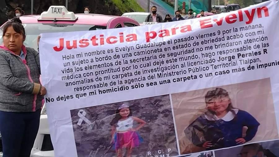 Autoridades atienden a manifestantes tras bloqueo en la México-Cuernavaca por muerte de la menor Evelyn