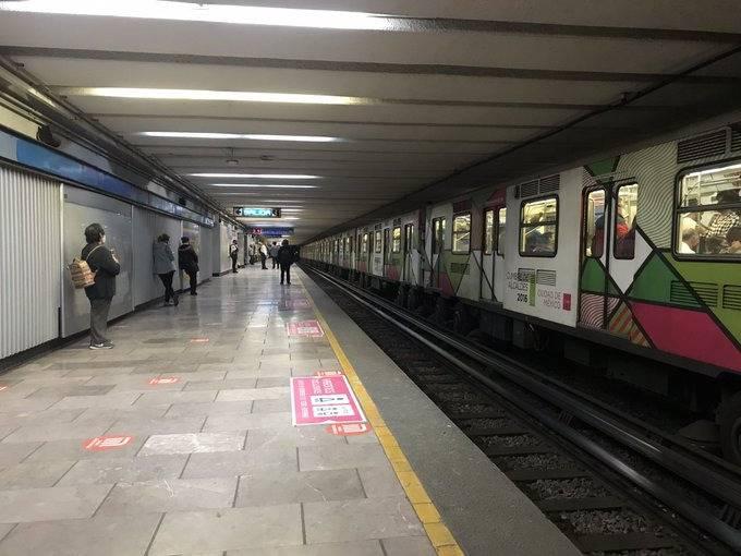 En estación San Cosme encuentran sin vida a un trabajador del Metro
