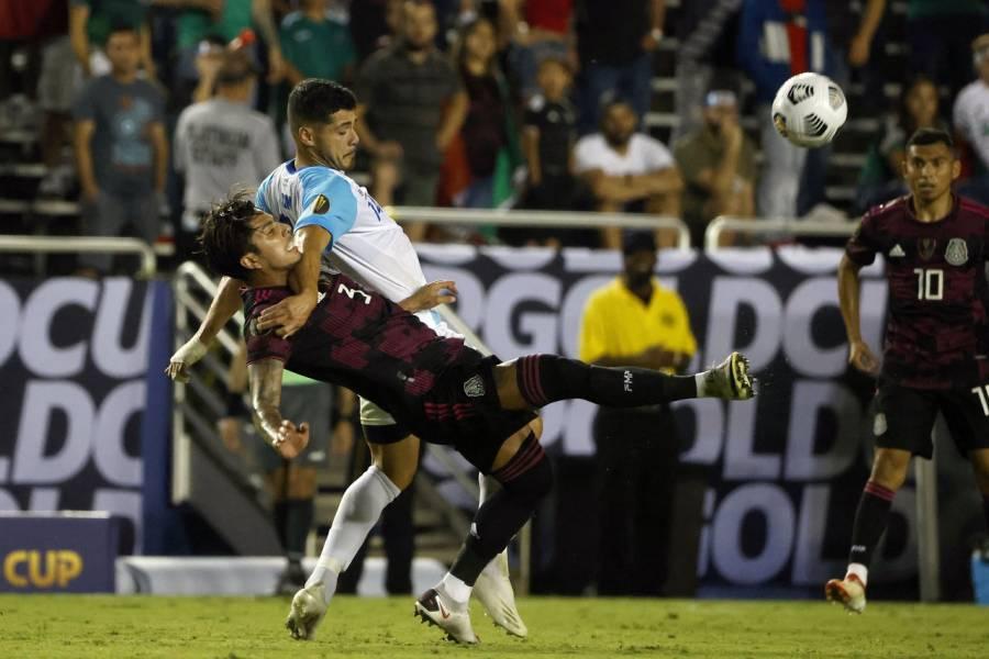México golea 3-0 a Guatemala y avanza en la Copa Oro