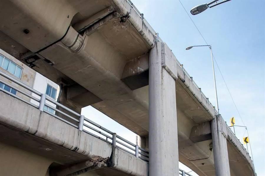 Exigen cierre temporal del puente Muyuguarda; reportan daños