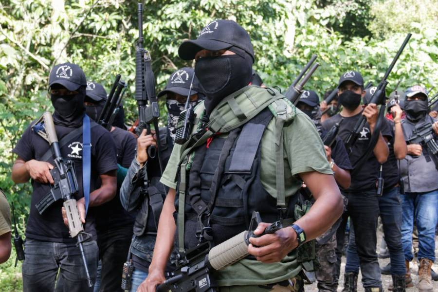 Autodefensas civiles se expanden a Pátzcuaro, Michoacán