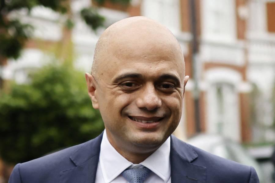 Ministro de Salud británico, en cuarentena tras contraer el Covid-19