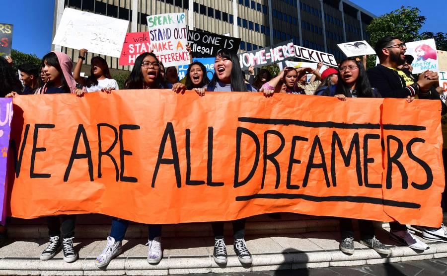 México lamenta el fallo judicial contra solicitudes DACA en EEUU
