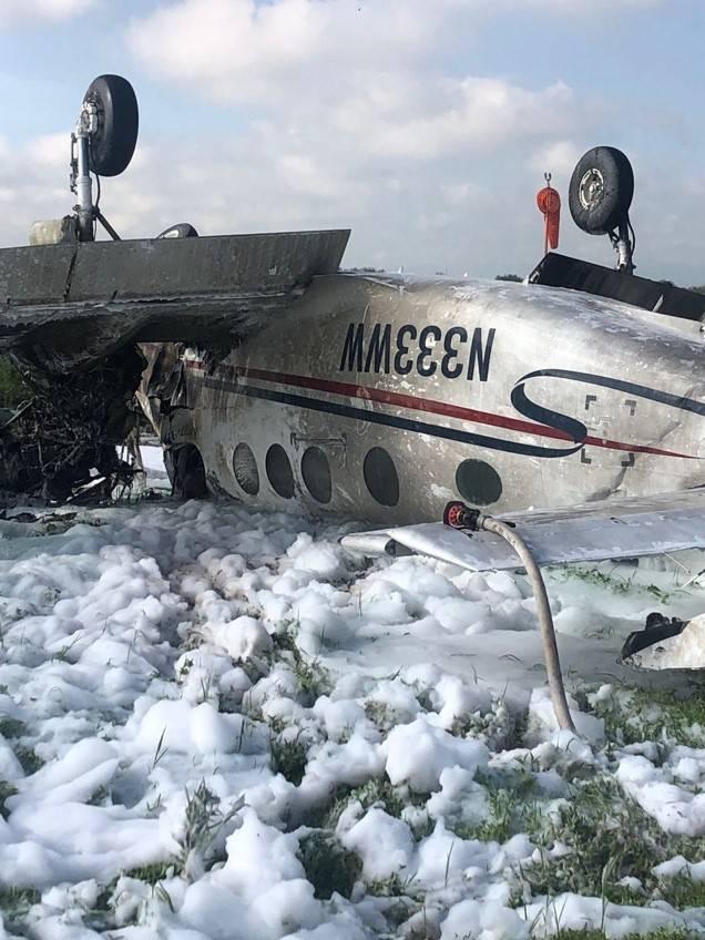 Reportan accidente de una avioneta en inmediaciones de aeropuerto de SLP