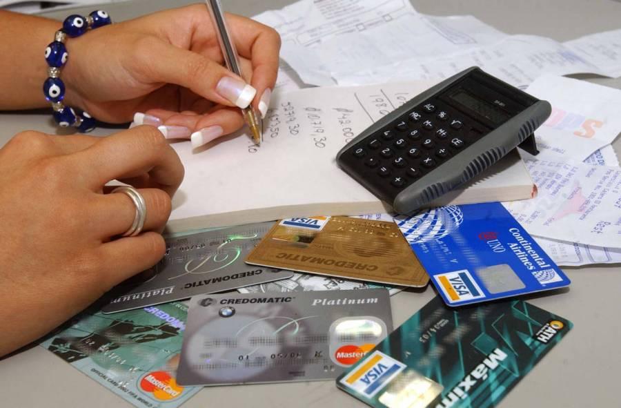 Demandan acciones que aminoren carga a deudores de la banca