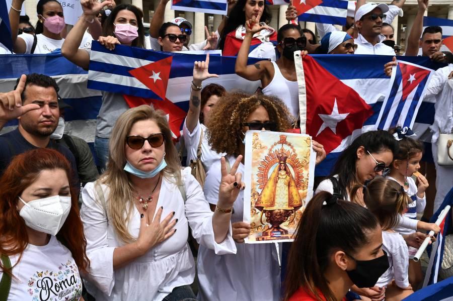 Papa Francisco llama al diálogo en Cuba, tras protestas