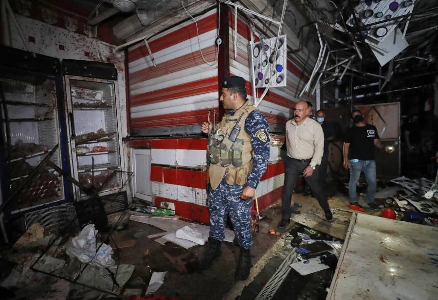 Atentado en mercado de Irak deja al menos 30 muertos; EI reivindica el atentado