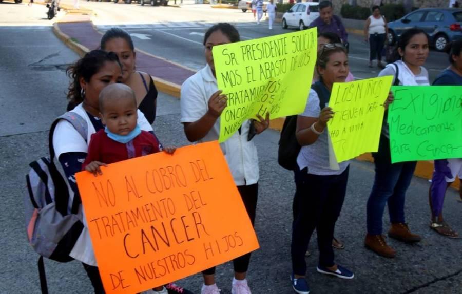 Se manifestarán padres de niños con cáncer