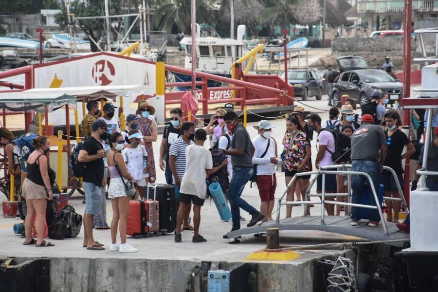 Con todo y tercera ola de Covid, Sectur estima más de 20 millones de turistas en verano