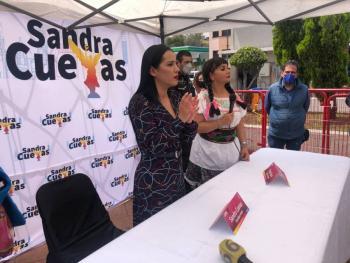 Sandra Cuevas arranca campaña de prevención de cáncer de mama.