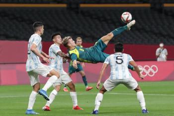 Argentina arranca los Juegos de Tokio-2020 estrellándose contra Australia