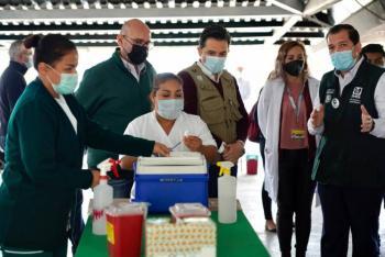 En 14 días, más de 300 mil vacunas aplicadas en Chiapas: Zoé Robledo