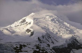 Un alpinista italiano murió en la cima del Mont Blanc