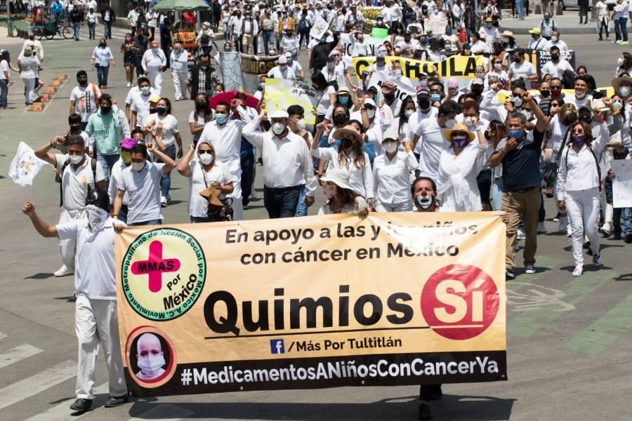 """CDMX: sin incidentes en la marcha """"#QuimiosSi"""""""