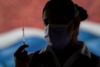 Vacunación contra COVID-19 en adultos de 18 a 29 años comenzará en seis alcaldías