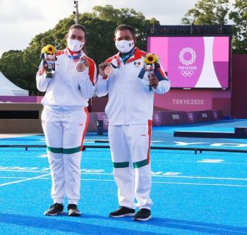 Alejandra Valencia y Luis Álvarez se cuelgan la medalla de bronce en el tiro con arco mixto