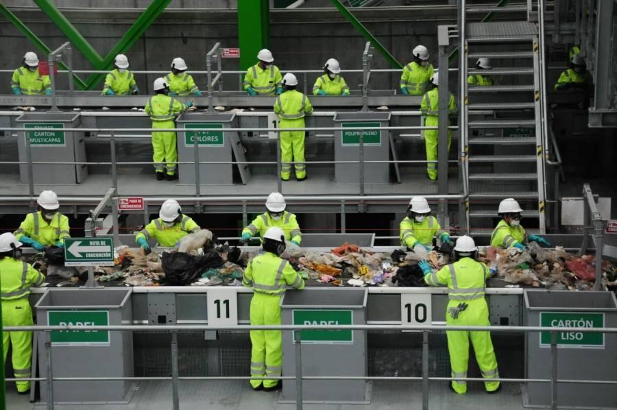 Inaugura Sheinbaum planta de selección de basura en Azcapotzalco