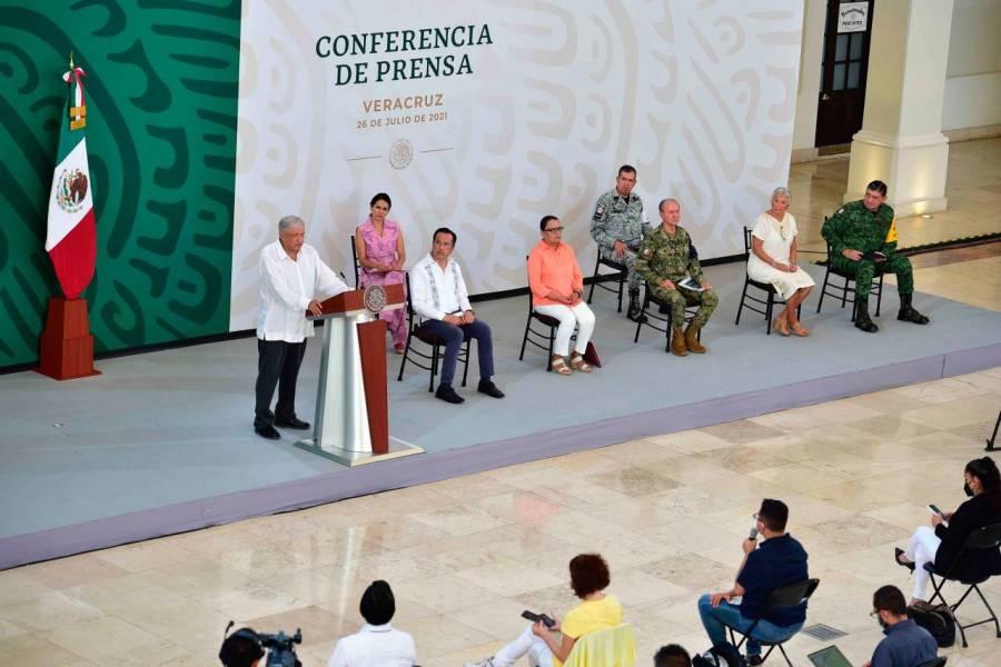 No se militariza al país, asegura presidente