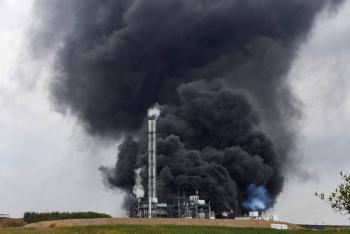 Explosión de planta química en Alemania deja al menos un muerto y 16 heridos