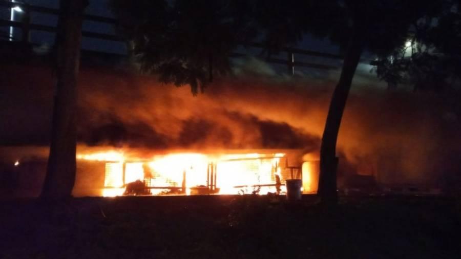 Se intoxican siete niños en Iztapalapa tras incendio en su domicilio