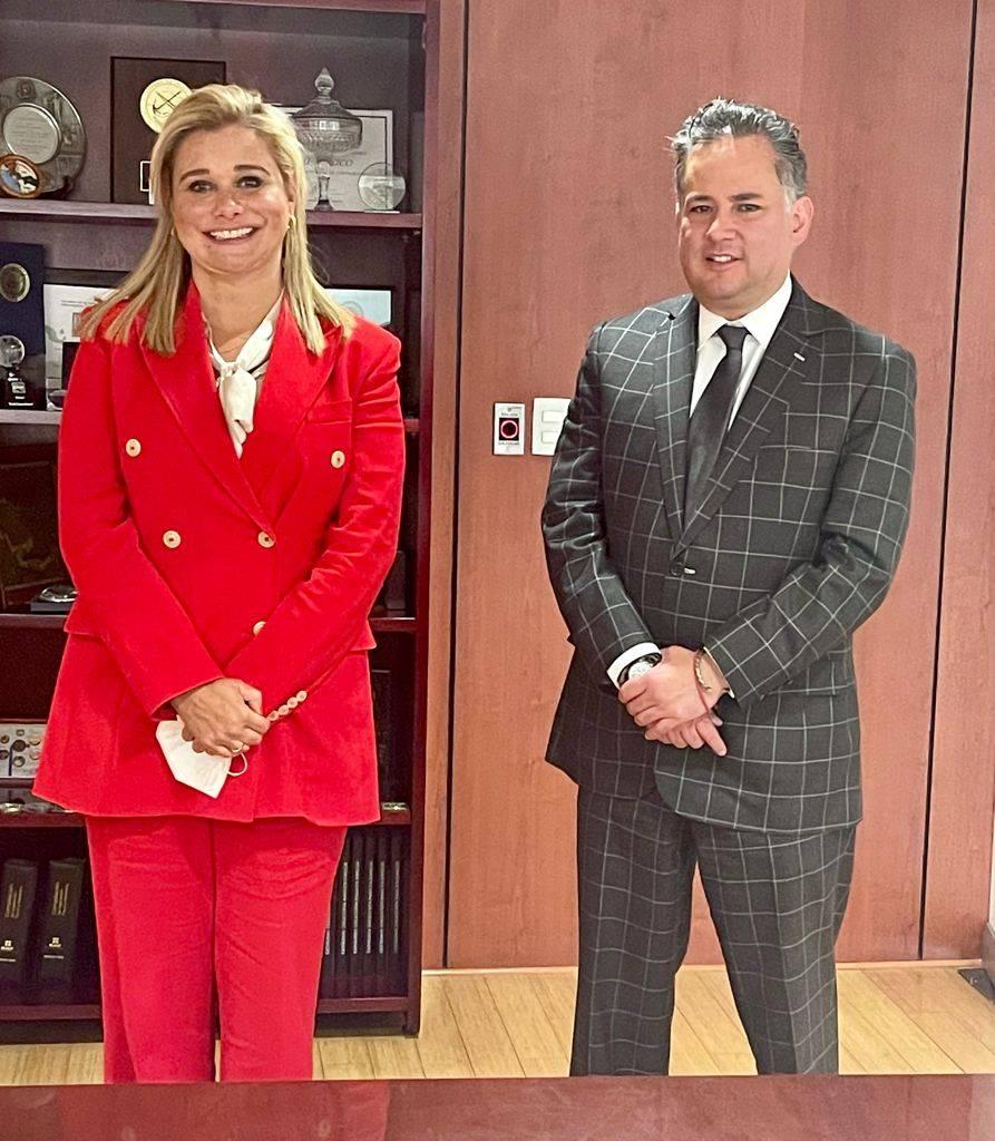 Se reúnen Nieto y gobernadora electa de Chihuahua