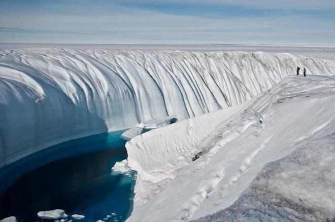 Ola de calor provoca derretimiento de capa de hielo en Groenlandia