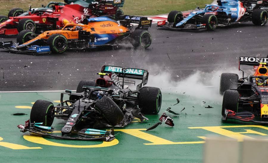 Bottas, Pérez y Leclerc abandonan en primera vuelta de GP de Hungría por choques