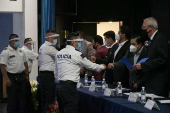 Portarán cámaras corporales policías municipales de Nezahualcóyotl