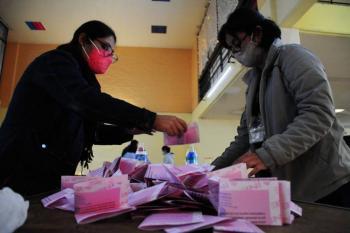 """INE estima que votaron más de 7 millones en consulta popular; ganó el """"sí"""""""