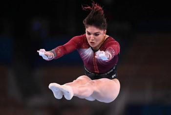 Alexa Moreno acarició medalla con histórico cuarto lugar en salto de caballo