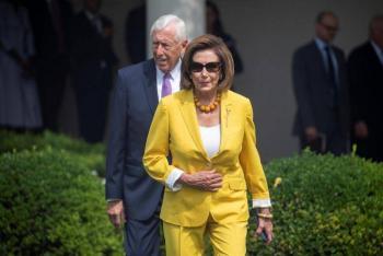 Fuertes reacciones en EEUU por broma del republicano Kevin McCarthy sobre golpear a Nancy Pelosi