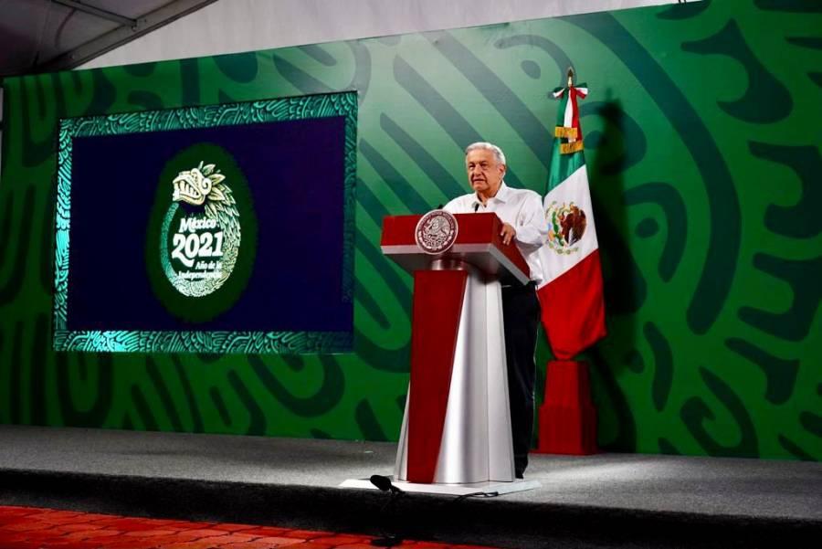 López Obrador felicita a pesista por medalla de bronce