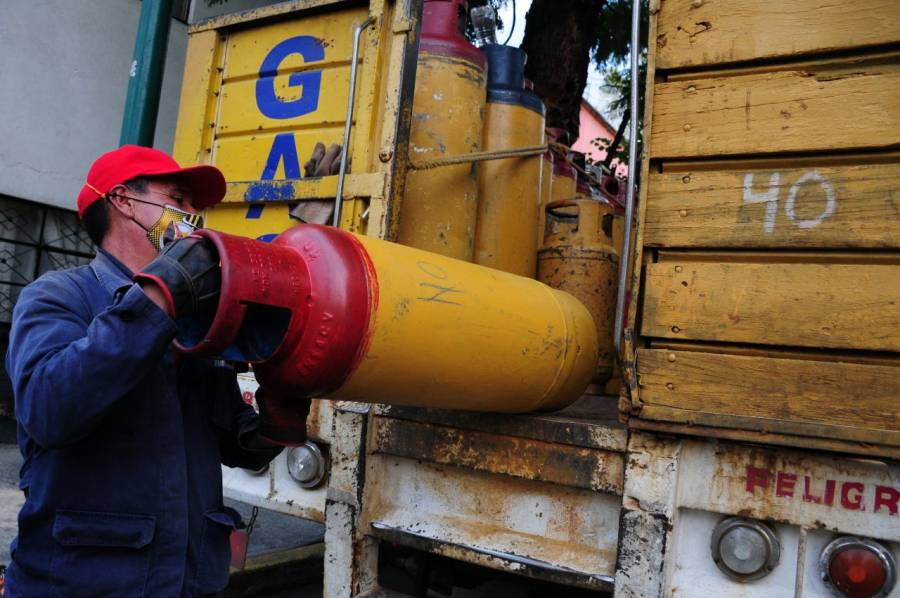 Paro de gaseros en el Valle de México no tiene el apoyo de distribuidoras