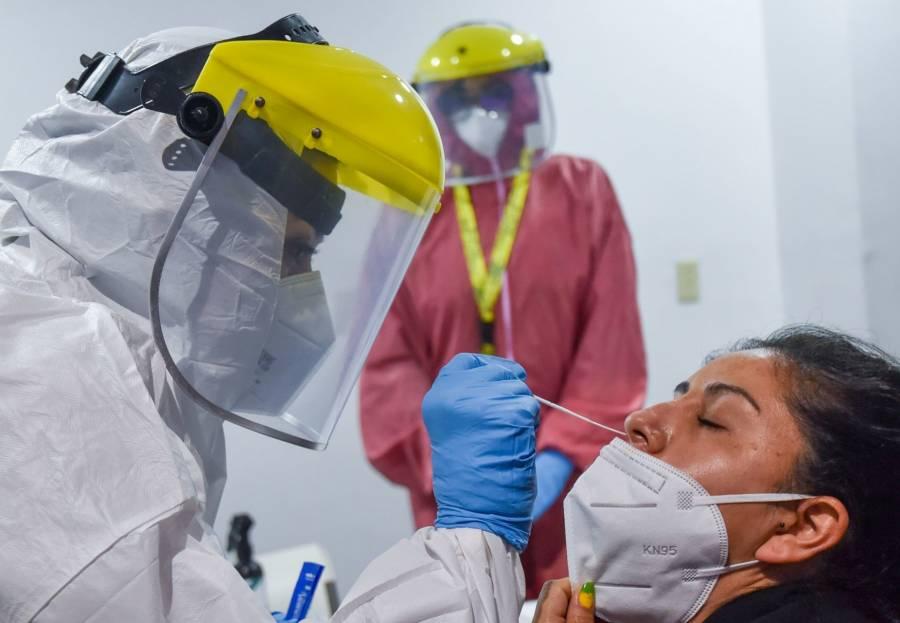 Canciller busca que UE sólo pida para ingresar a mexicanos prueba PCR y no cartilla de vacunación