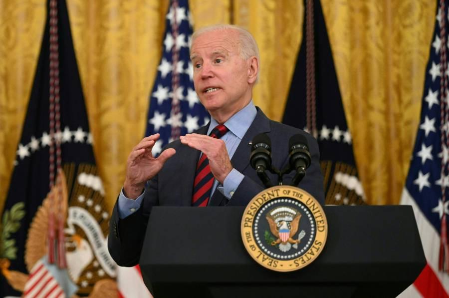 Biden pide al gobernador de Nueva York que renuncie por denuncias de acoso sexual