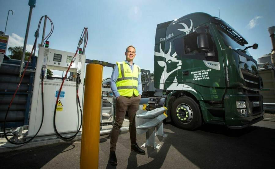 Destilería usa biogás de whisky para flota de camiones
