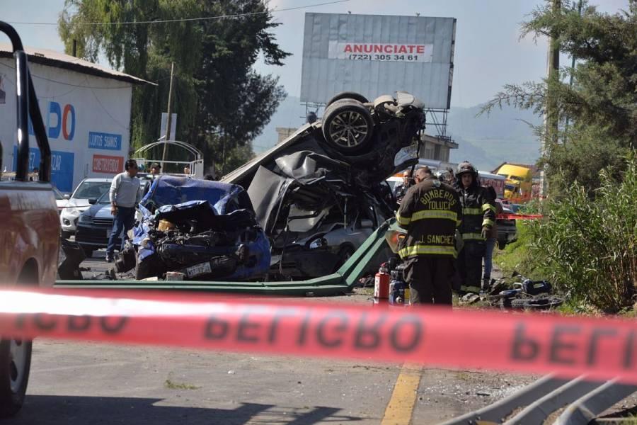 Fuerte choque en la México-Cuernavaca deja un muerto y dos heridos