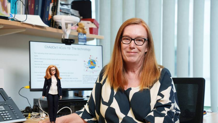 Científica creadora de vacuna Covid, ya tiene su Barbie