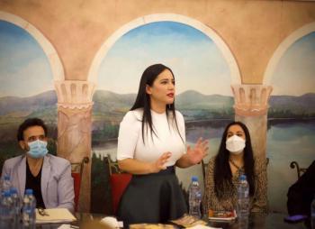 Impulsará Sandra Cuevas economía de empresarios del Centro Histórico