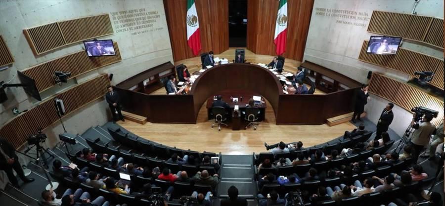 Vargas impugna remoción del TEPJF ante la Corte
