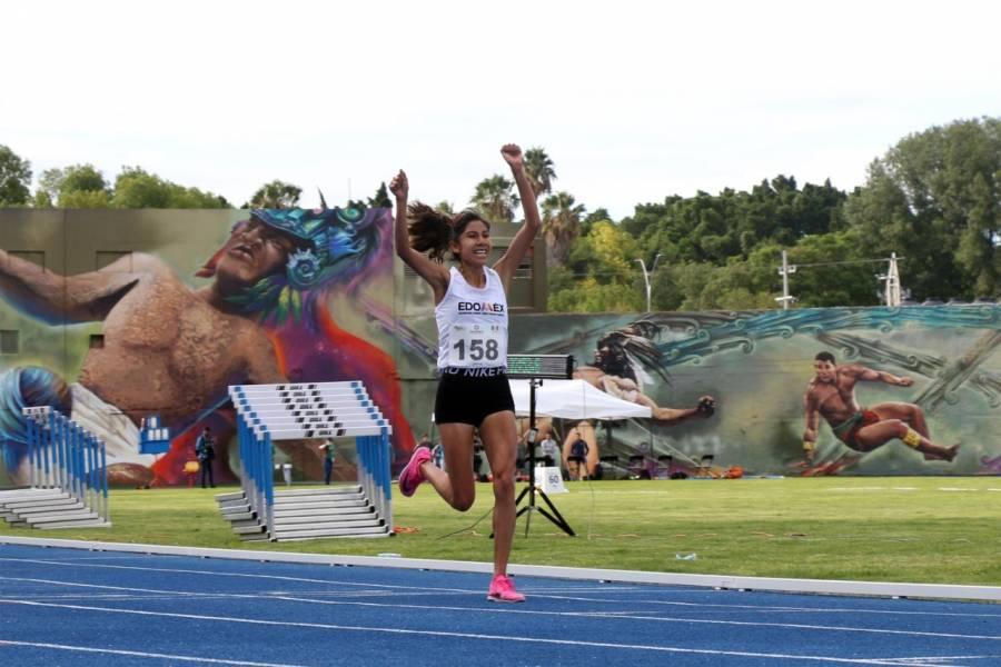 La maratonista Andrea Ramírez llega a Tokio 2020