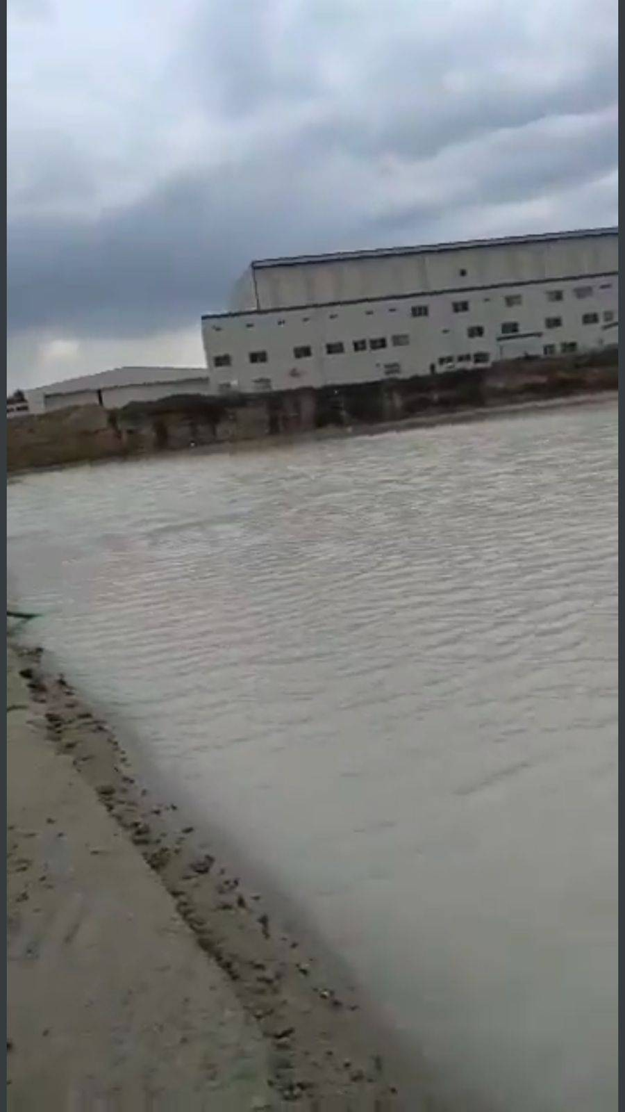 Difunden video de presunta inundación en el aeropuerto de Santa Lucía