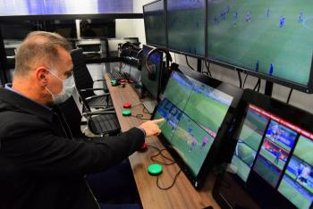 El VAR será implantado en partidos de clasificación de Europa a Mundial-2022